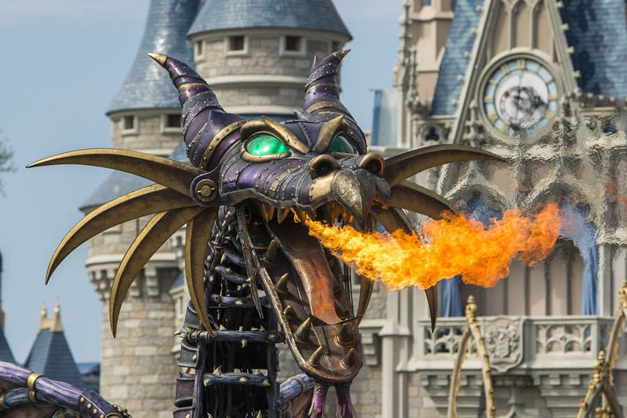 Magic Kingdom Float Up in Smoke, Maleficent Dragon Catches Fire