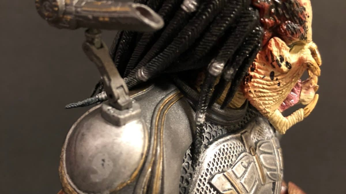 Let's Take a Look at NECA's Fugitive Predator Figure