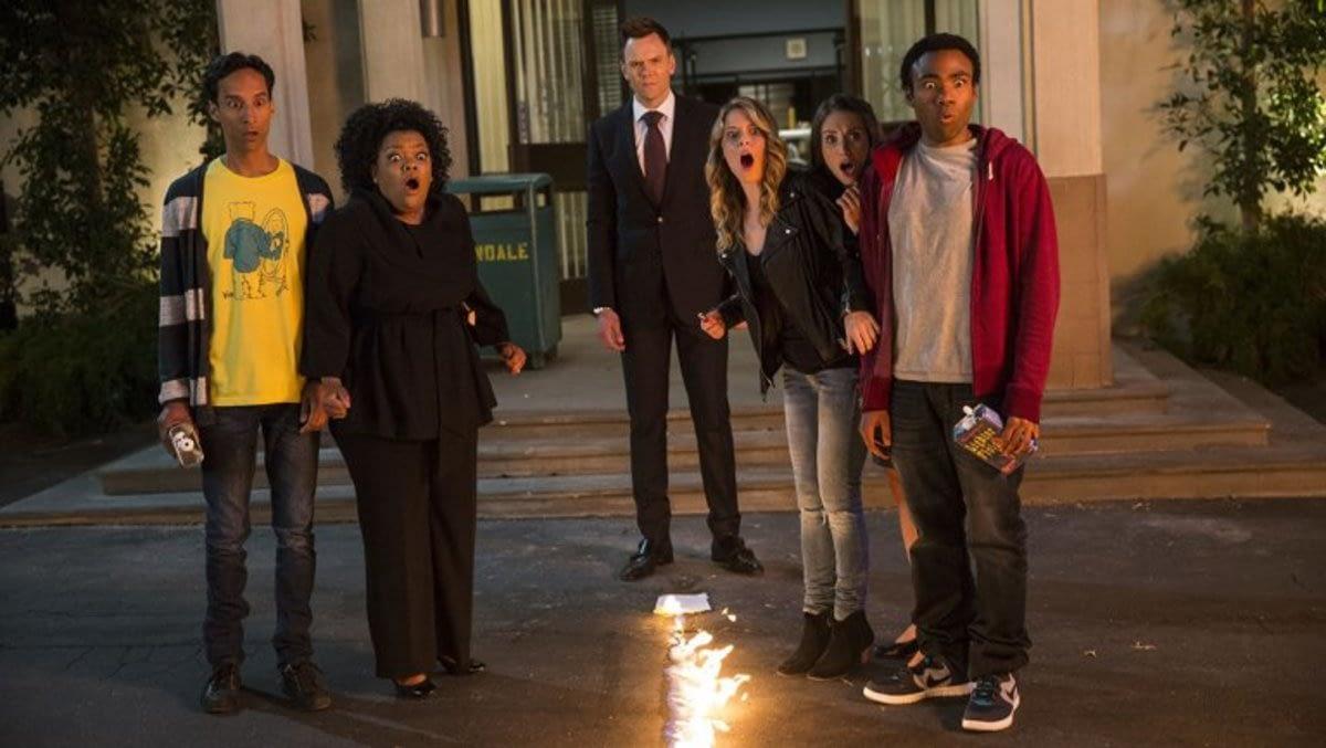 """Community"" Cast Open to Movie, Dan Harmon on Fence"