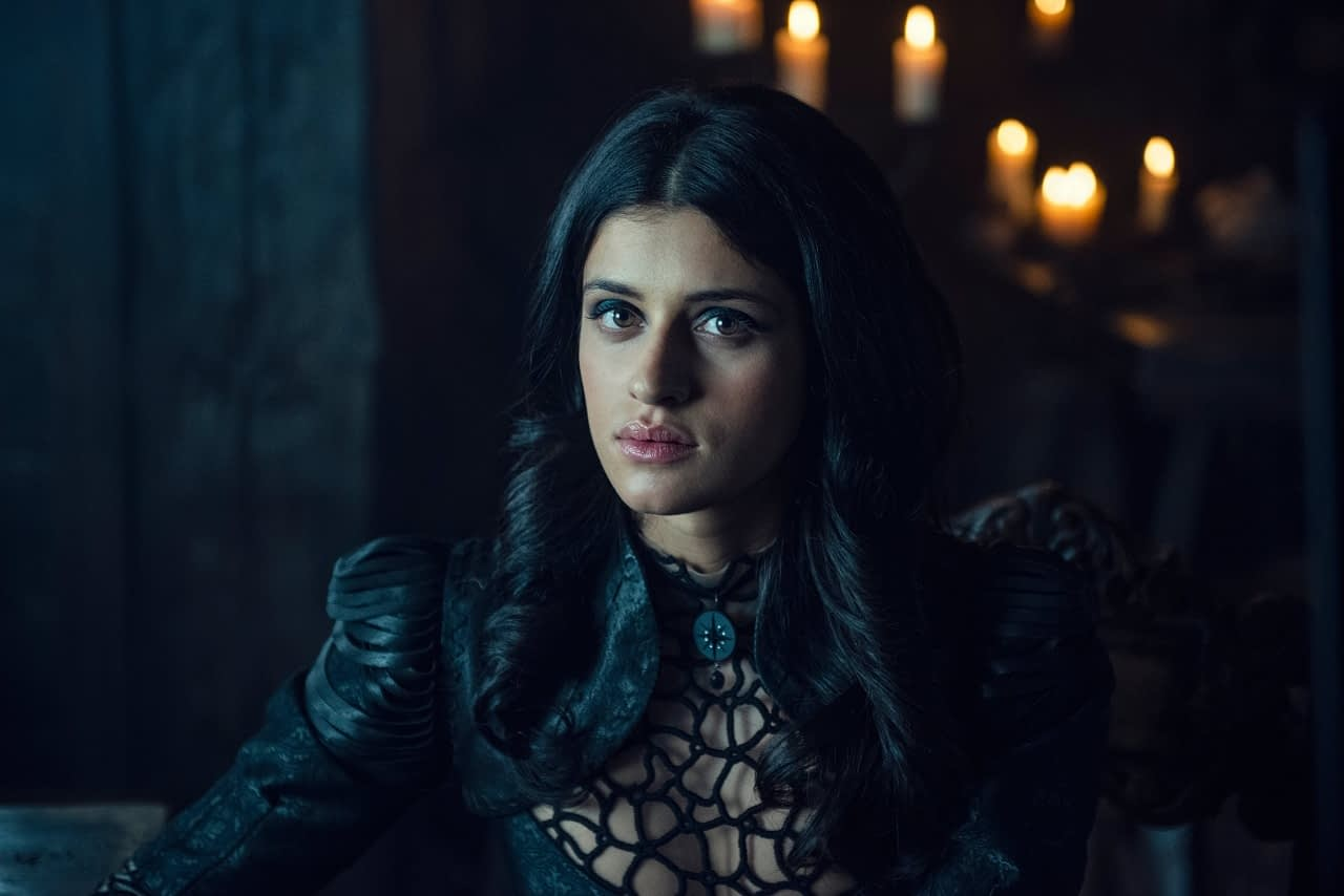 The Witcher Preview Anya Chalotra S Sorceress Yennefer