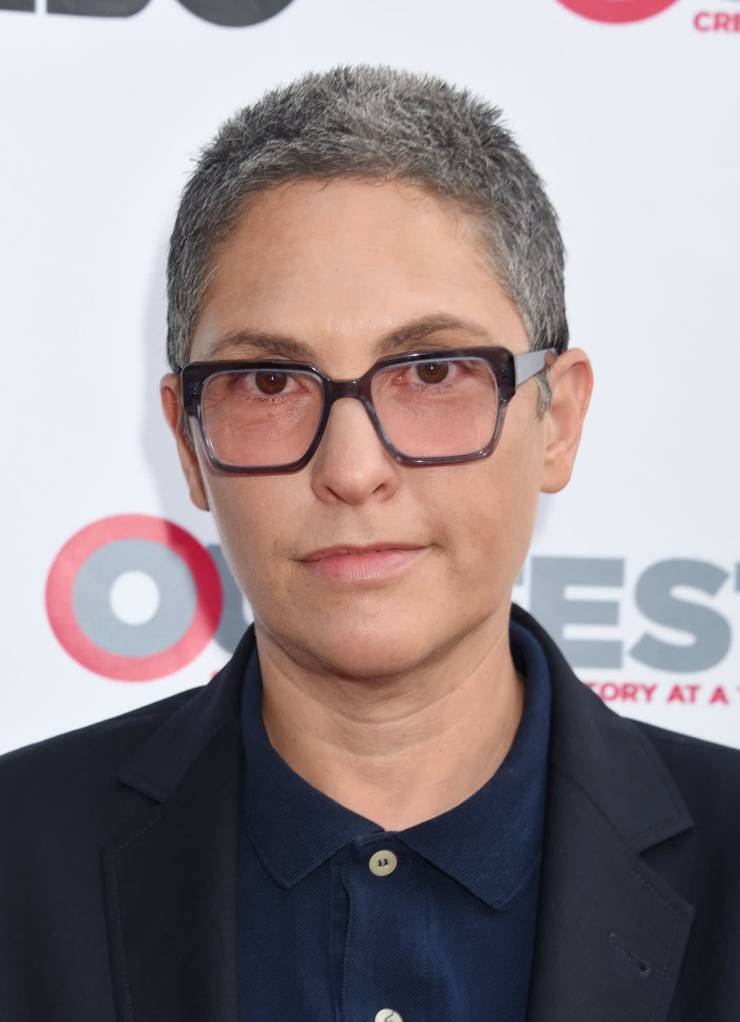 "Jill Soloway to Replace Bryan Singer as the Director of ""Red Sonja"""