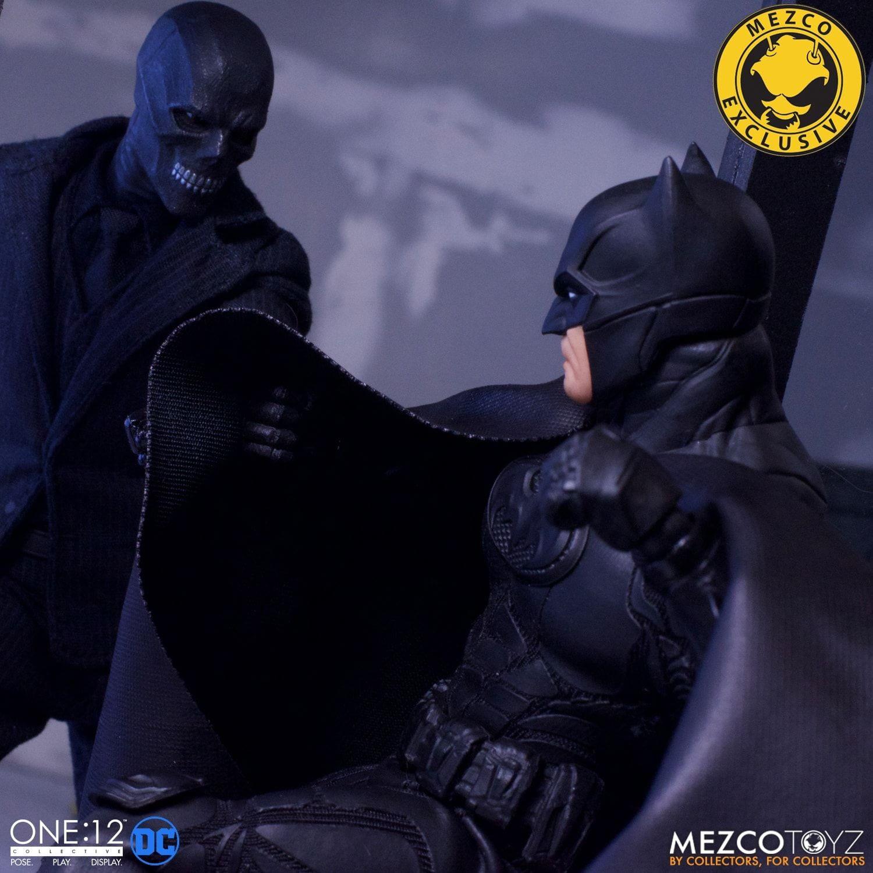 Batman: Sovereign Knight Fights Black Mask in New Mezco Box Set