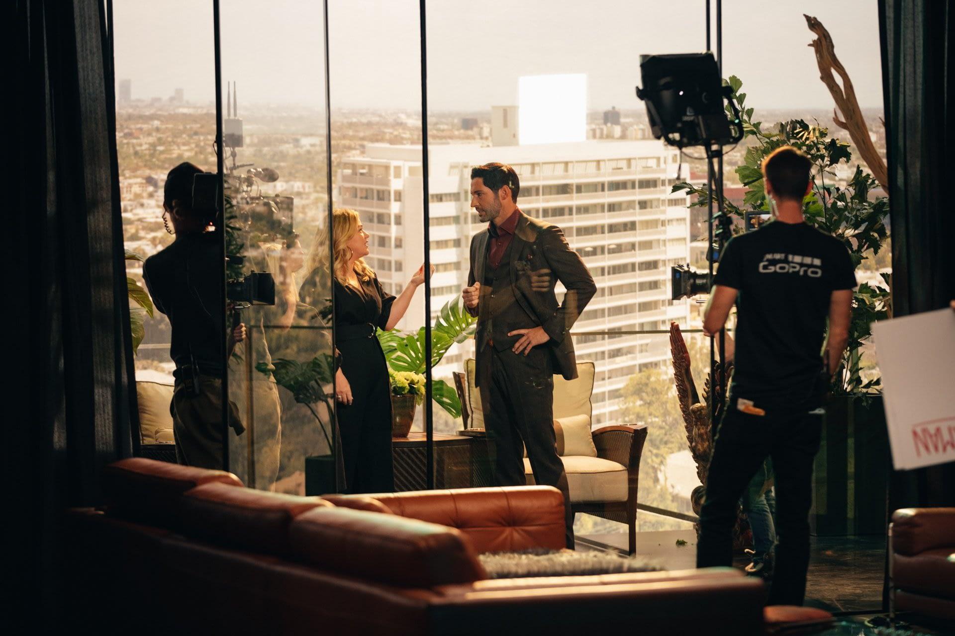 Resultado de imagem para Lucifer: Kelly Clarkson visita o set de gravação da 5ª temporada