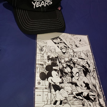 Black And White D23 Marvel Comics #1000 Variant Spotted In The Wild