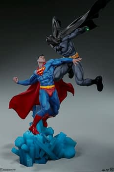 Superman Vs Batman Diorama Statue Sideshow 14