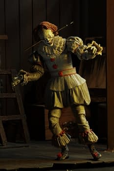 NECA Well House IT Pennywise Figure 5