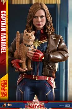 Hot Toys Captain Marvel 17