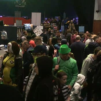 From One Side Of Portsmouth Comic Con To The Other 2019 (Video)