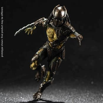 Two New Predators Join The Hunt From Hiya Toys