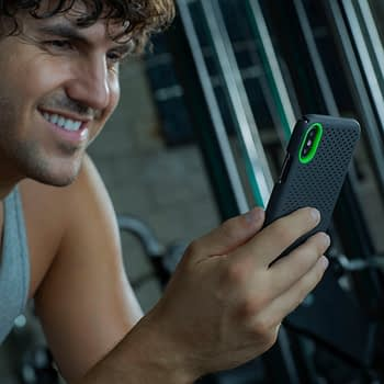 Razer Unveils New Arctech Smartphone Cases For Gamers