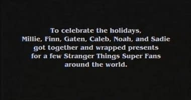 12 Gifts Of Christmas Cast.Stranger Things Kids Wrap Presents For Superfans