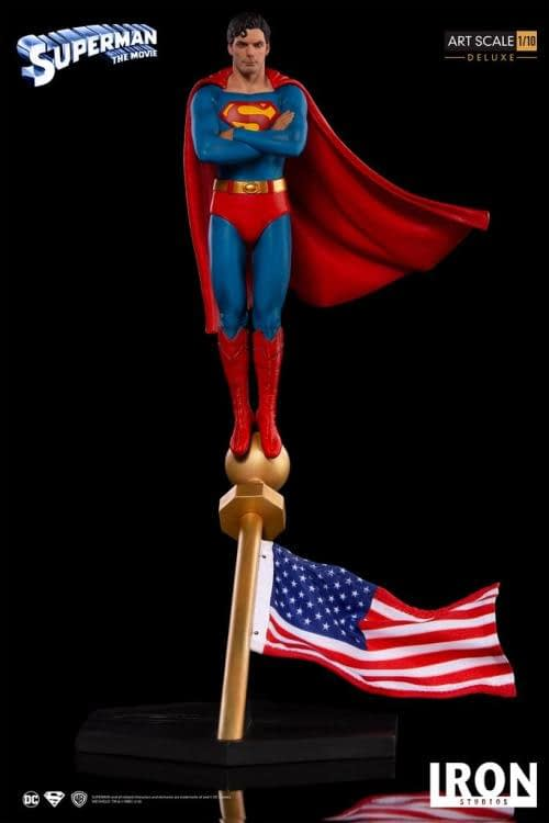 Iron Studios Superman Statue 1
