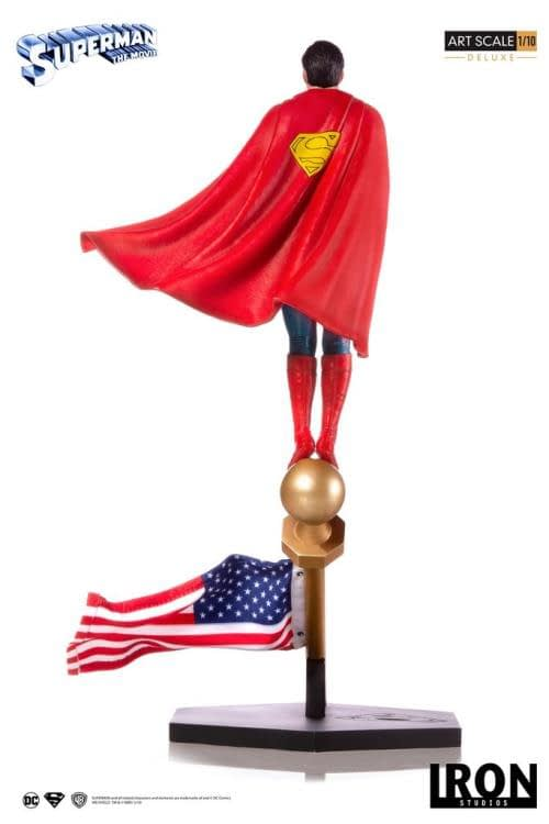 Iron Studios Superman Statue 3