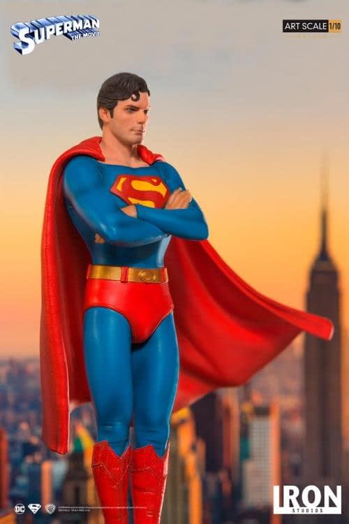 Iron Studios Superman Statue 5