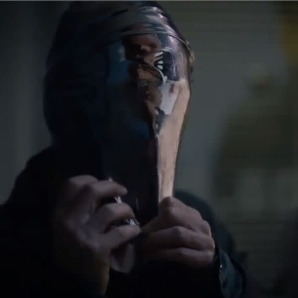 """""""Watchmen"""": """"The Abyss Gazes Also"""" In Newest Teasers for Damon Lindelof's """"Remix"""" Series [VIDEO]"""
