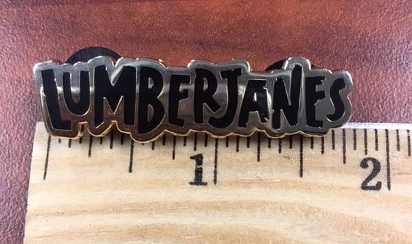 lumberjanes_enamel_pin_2-e1488295710945