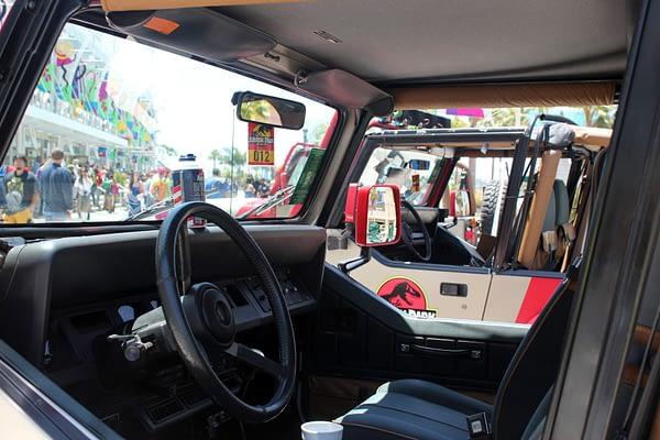 Jurassic Park Jeep 2