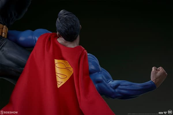 Superman Vs Batman Diorama Statue Sideshow 11