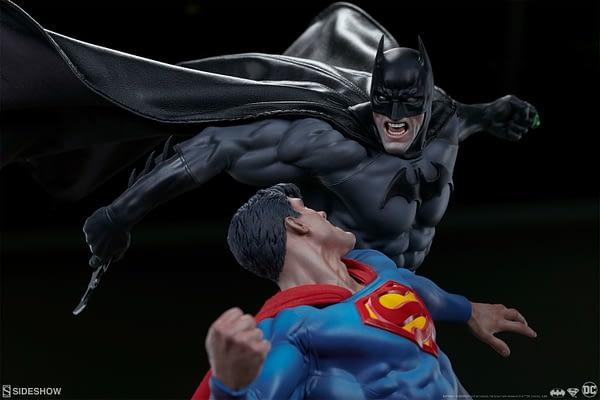 Superman Vs Batman Diorama Statue Sideshow 3