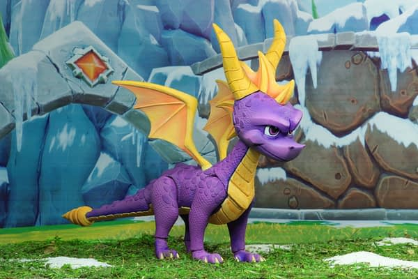NECA Spyro The Dragon Figure 1