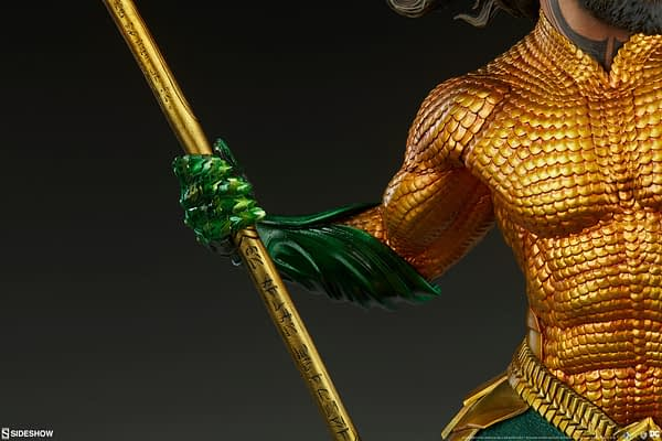 Sideshow Collectibles Premium Format Figure Aquaman 7