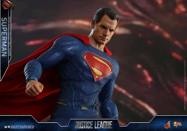Hot Toys Superman Justice League 11