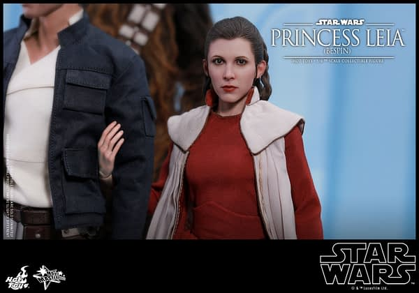 Hot Toys Bespin Gown Princess Leia 17