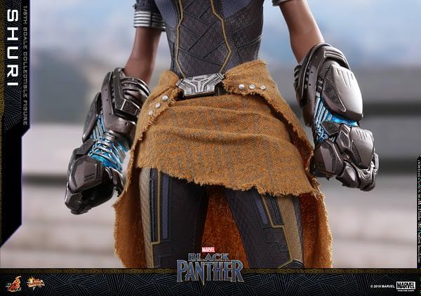 Black Panther Shuri Hot Toys 15