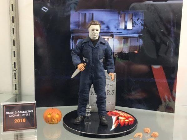 Mezco One:12 Collective Michael Myers Halloween Figure 1