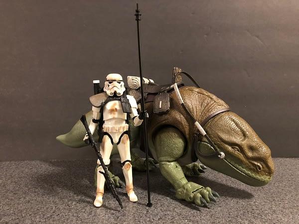 Star Wars Black Series Dewback and Sandtrooper 3