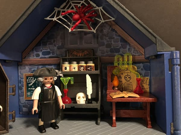 Playmobil Take Along Haunted House 9