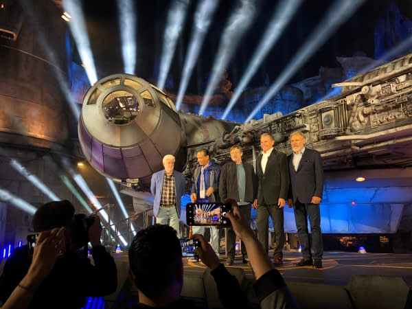 Billy Dee Williams Shares Star Wars: Galaxy's Edge Photos With Some Old Friends