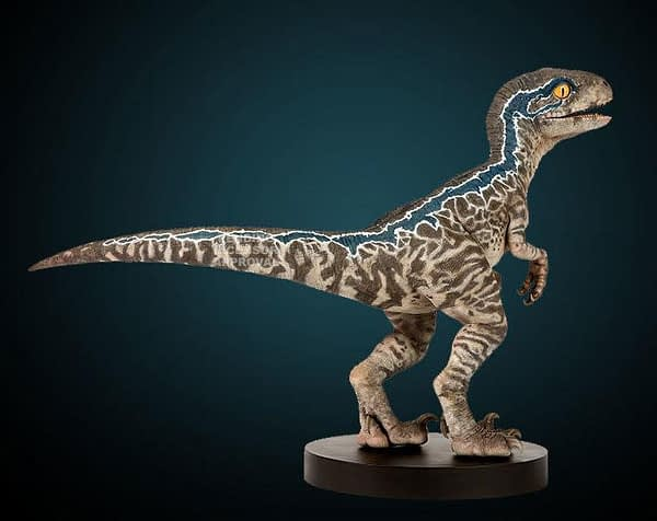 Jurassic World Fallen Kingdom Baby Blue Statue 3