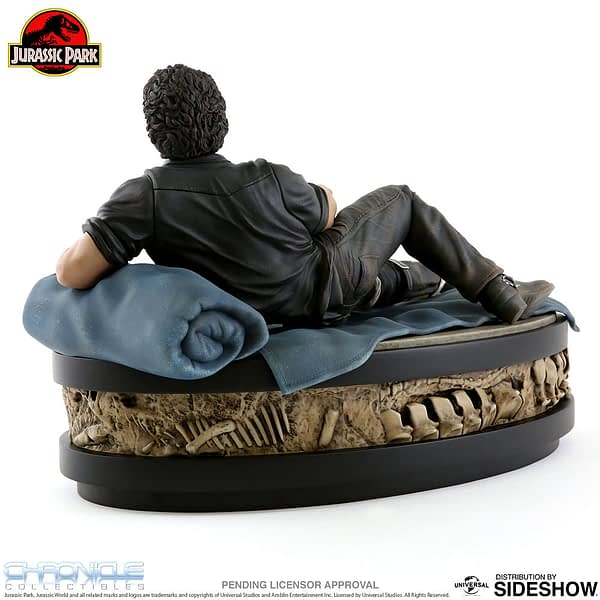 Jurassic Park Sexy Jeff Goldblum Statue Chronicle 3