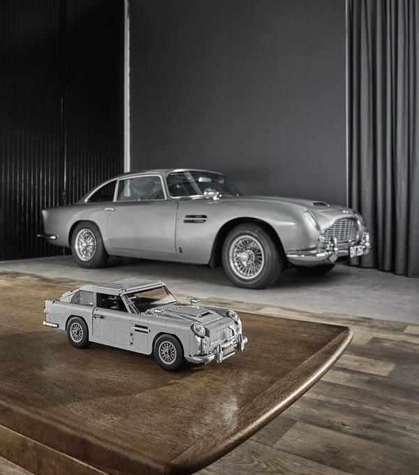 LEGO Creator James Bond Aston Martin 10