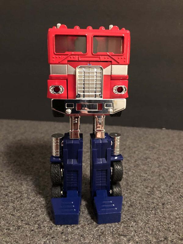 Transformers G! Reissue Walmart Optimus Prime 8