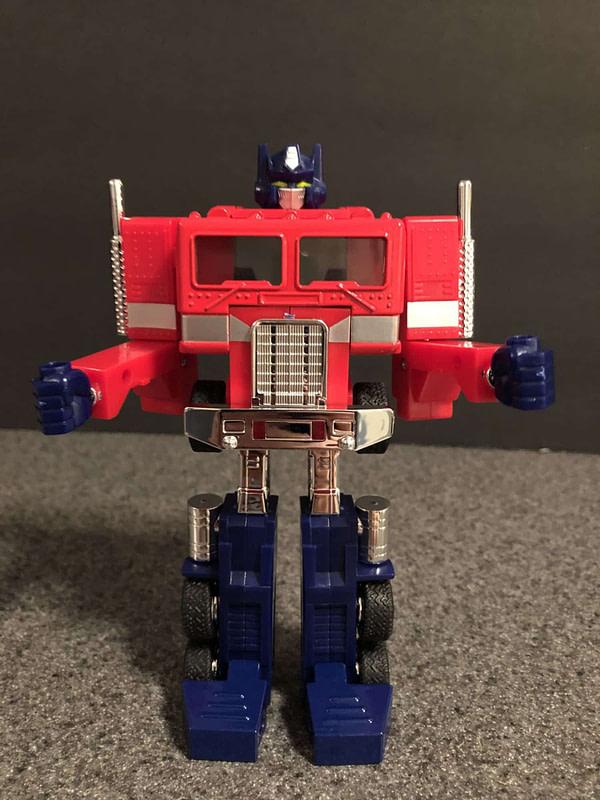 Transformers G! Reissue Walmart Optimus Prime 11