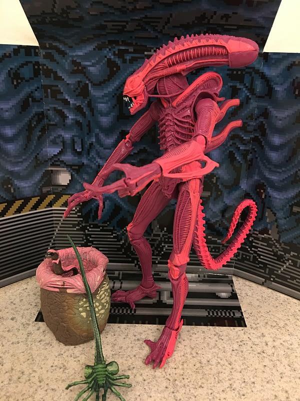 NECA Aliens Arcade Figure 24