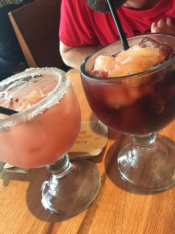 applebee's spooky drinks