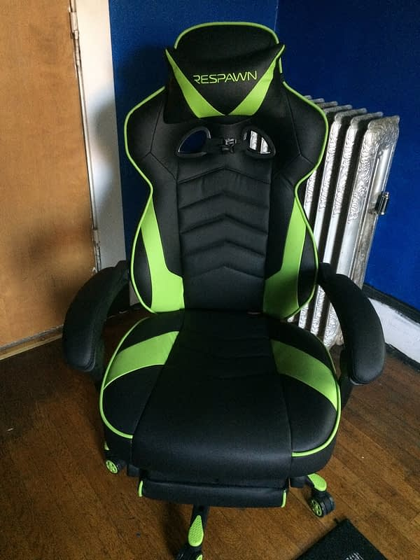Incredible This Thing Has A Footrest We Review The Respawn 110 Gaming Alphanode Cool Chair Designs And Ideas Alphanodeonline