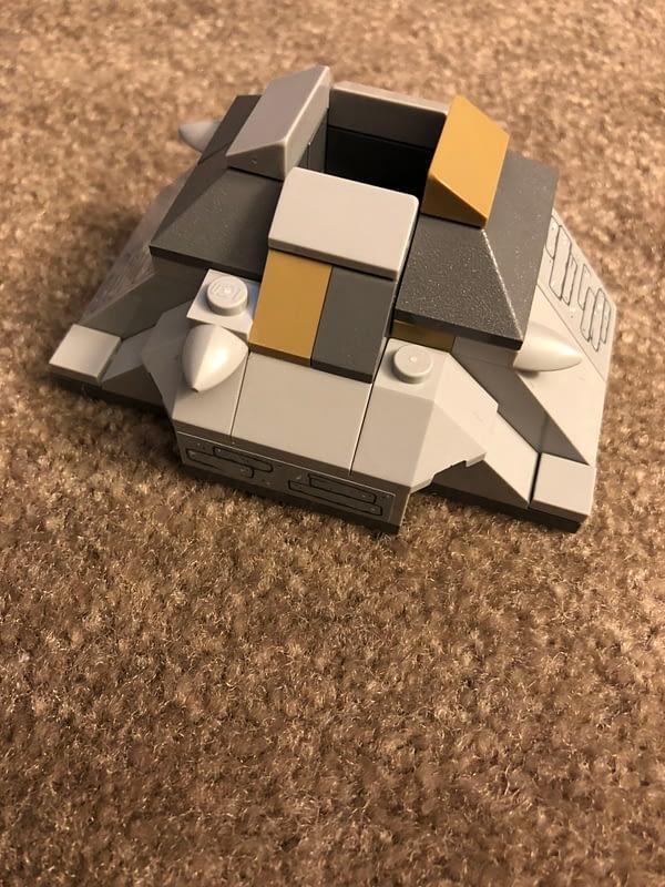 LEGO Star Wars Ahch To Training Set 10
