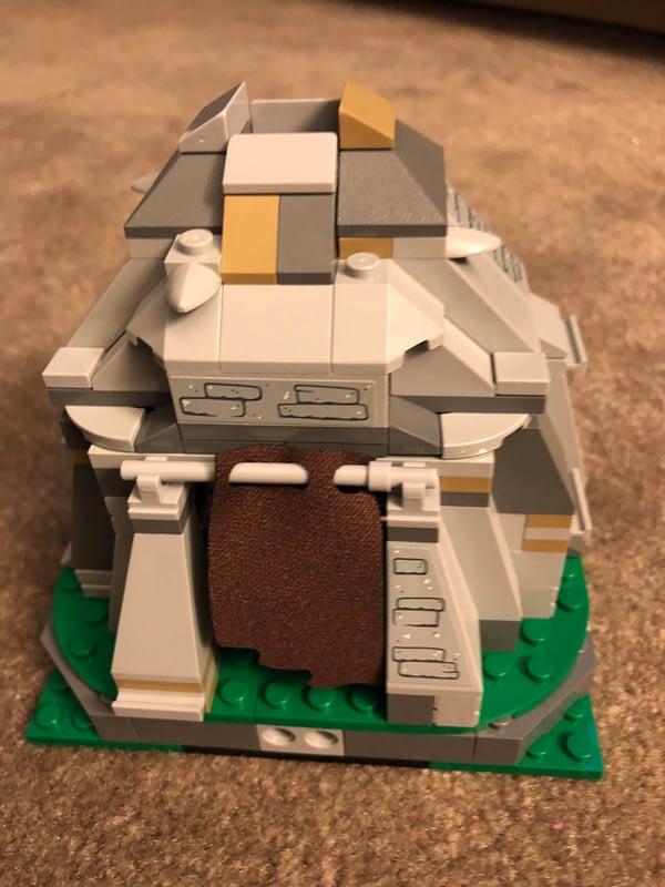 LEGO Star Wars Ahch To Training Set 11