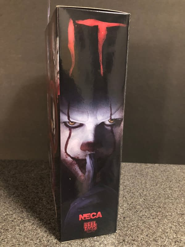 NECA Pennywise (2017) 2