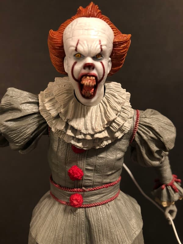 NECA Pennywise (2017) 10
