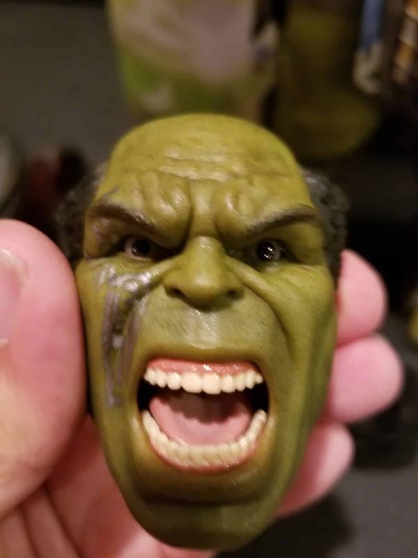 Hot Toys Thor Ragnarok Gladiator Hulk 2