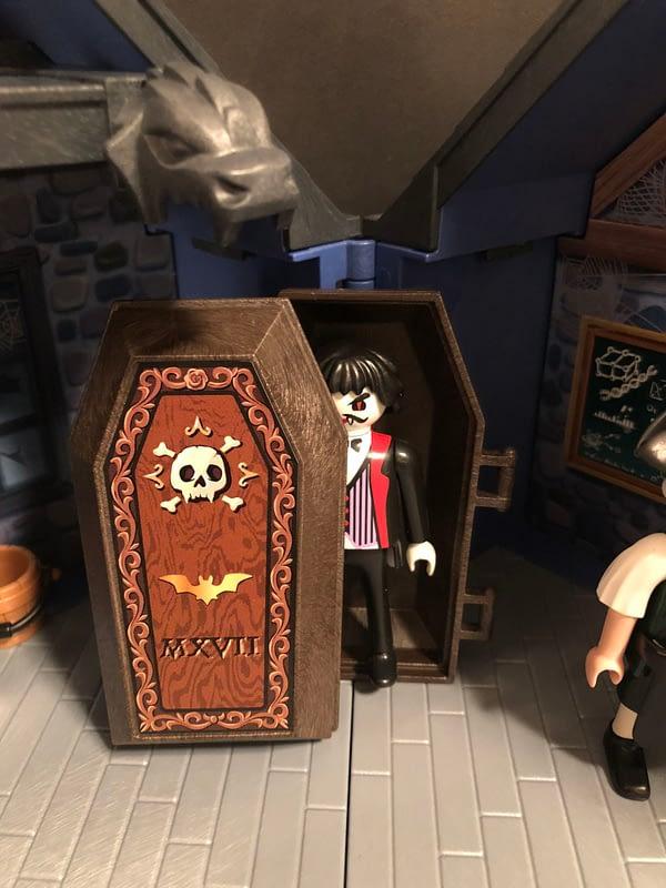 Playmobil Take Along Haunted House 8