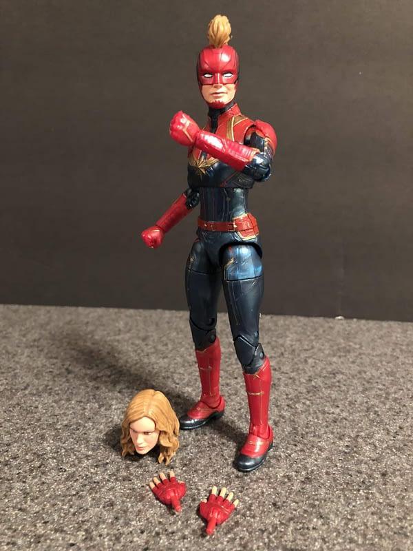 Marvel Legends Captain Marvel Figure 2