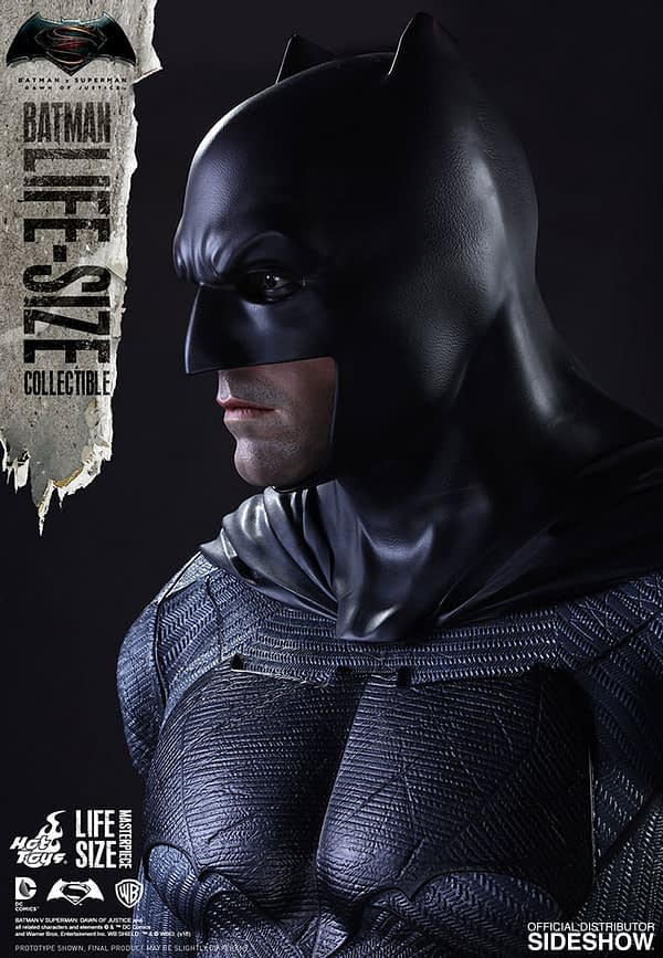 dc-comics-batman-v-superman-batman-life-size-collectible-hot-toys-902685-06