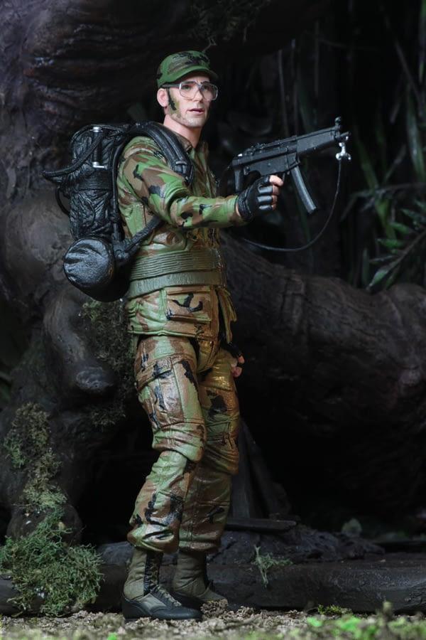 NECA Predator Hawkins Figure 3