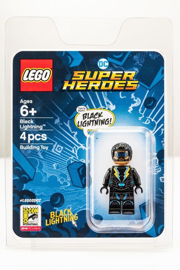 LEGO SDCC Black Lightning Minifig 2